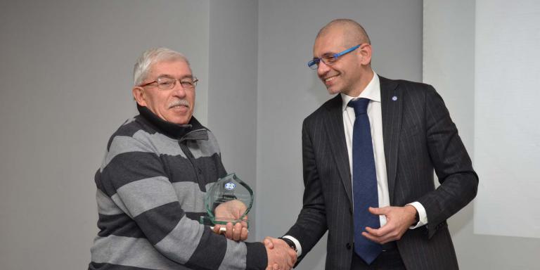 Il direttore tecnico Scarabelli riceve il premio per In.Te.Co.